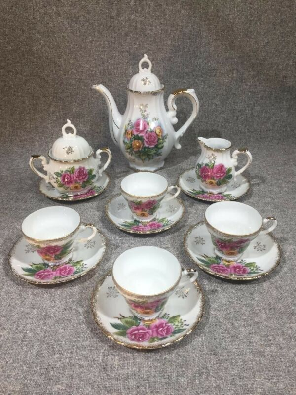Victorian Roses Espresso Demitasse Tea Set Royal Crown 1147