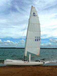 NACRA 17 SLOOP with FURLING JIB & SNUFFER ASYMMETRIC SPINNAKER Pine Mountain Ipswich City Preview