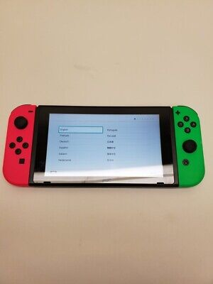 Nintendo Switch HAC-001 32GB Hand Held Game System 11/B6958A