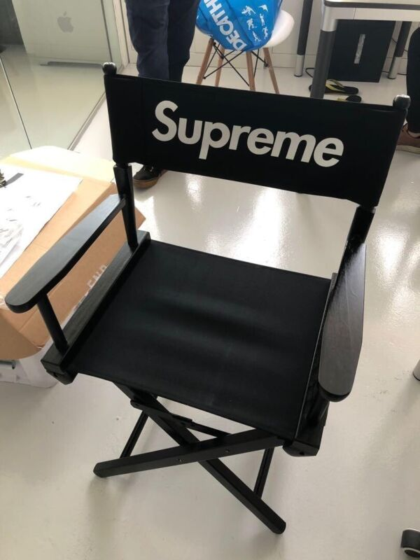 Supreme Director's Chair Black SS19