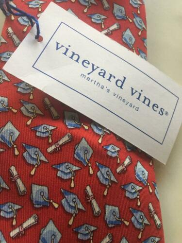 NWT Vineyard Vines Graduation Cap / Diploma Red Boy