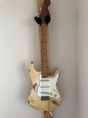 Fender Stratocaster rare Japan vintage popular electric guitar EMS F / S!