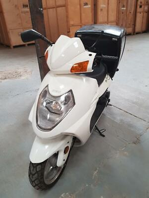 Skad 125cc Scooter-fantastic bike for a quick sale-collection Ashford Kent only