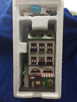Dept 56 Christmas In The City Toy Shop and Pet Store 6512-9..EXCELLENT CONDITION