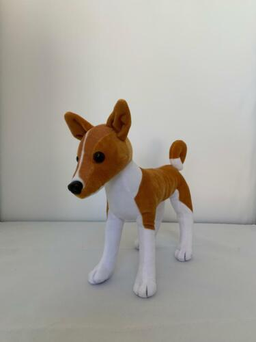 Basenji (stuff) TB 5th Edition Standing Red/White