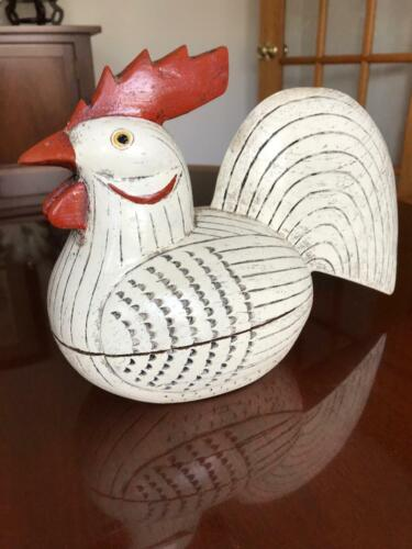 Wooden Handpainted Ribbed Chicken Box