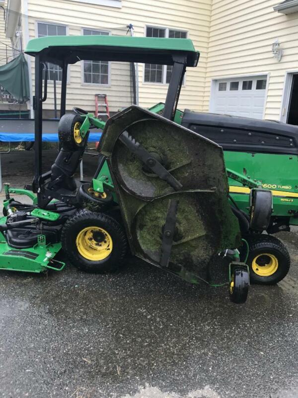 Image 1 Tracteur John Deere  2013