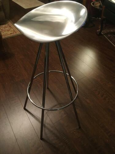 RARE Metal Jamaica Stool Designed by Pepe Cortez Rotating Seat Height 28 in NICE