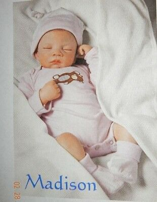 "ASHTON DRAKE SO TRULY REAL ""SWEET DREAMS BABY MADISON"" NIB"