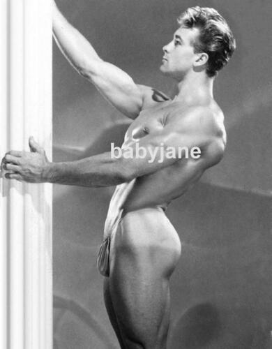 059 ED FURY POPULAR PHYSIQUE MODEL TURNED ACTOR SIDE VIEW IN POSING STRAP PHOTO