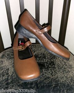 Easy-Spirit-Woodland-Tan-Brown-Genuine-Leather-Sz-10-Mary-Jane-Buckle-Shoes