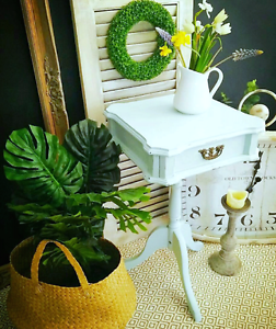 Duck egg plant stand/hall table Yanchep Wanneroo Area Preview