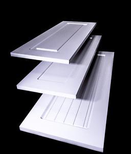 Portes d'armoires de cuisine / Kitchen Cabinet Doors