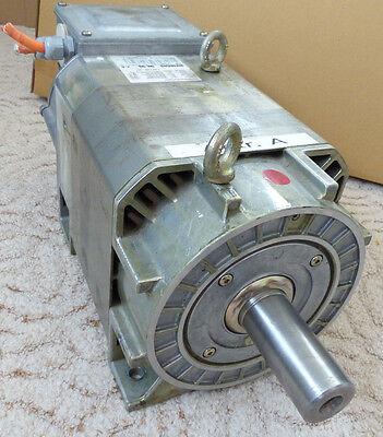 Siemens 3-Phasen Servomotor 1PH7103-2NF00-0DJ0 459V 7kW 2000 rpm