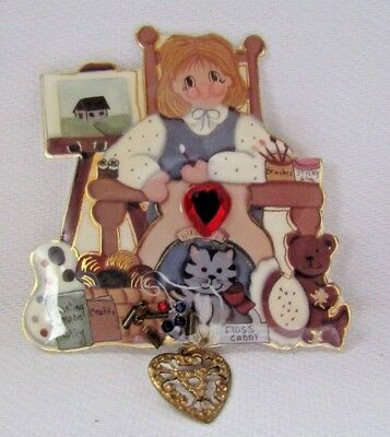 COSTUME JEWELRY BAGATELLE 1994 LITTLE GIRL WITH RED RHINESTONE  BROOCH PIN - Little Girls Costume Jewelry