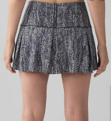 LULULEMON LOST IN PACE SKIRT AIR TIME WHITE BLACK 8/M NEW & SHOPPING BAG