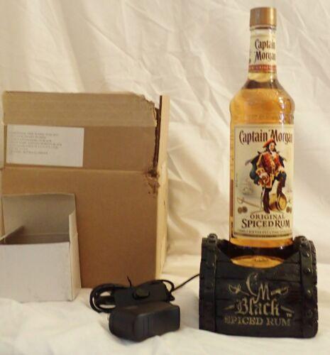 NEW  Captain Morgan Black Spiced Rum Barrel Lighted Bottle Glorifier