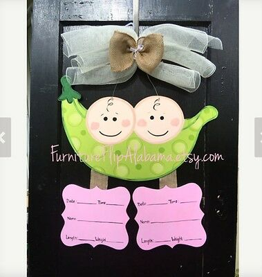 Personalized Twin Hospital baby wreath,Twin Birth announcement door hanger (Personalized Door Wreath)