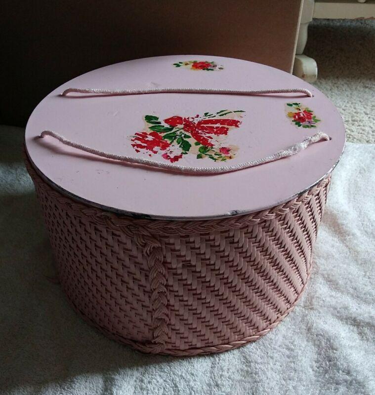 Vintage 1940s Princess Pink Round Wicker Sewing Basket Box w/Floral Lid