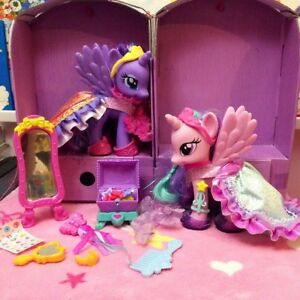 My Little Pony Princess Celestia & Luna Canterlot Dress-Up Set