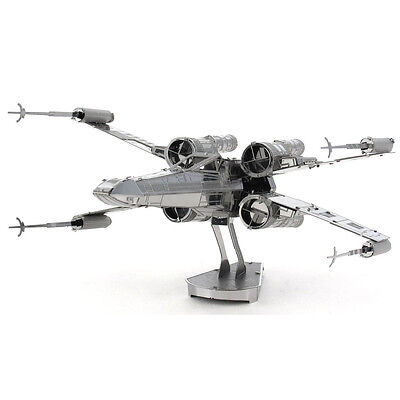Metal Earth: STAR WARS X-Wing Fighter MMS257