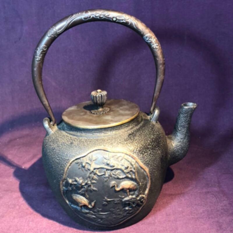 Tetsubin Teapot Tea Kattle Japanese Antique Iron Japan T581