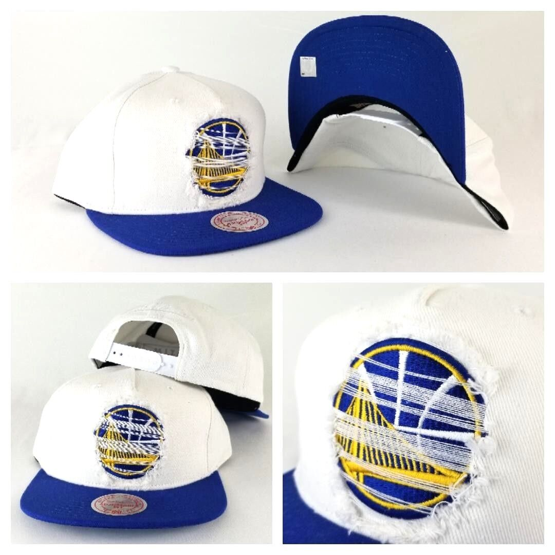 e62407bc9d6529 Details about Mitchell & Ness NBA Golden State Warriors White / Royal  Distressed snapback Hat