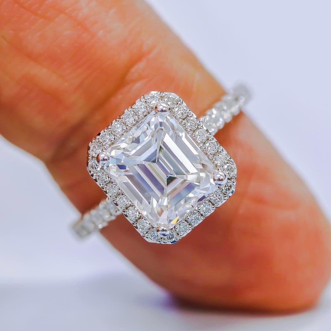 Fine 1.95 Ct Emerald Cut Diamond Halo U-Setting Engagement Ring H,VVS2 GIA 18K