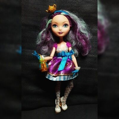 Ever After High Madeline Hatter Doll, amazing condition, different hat ()