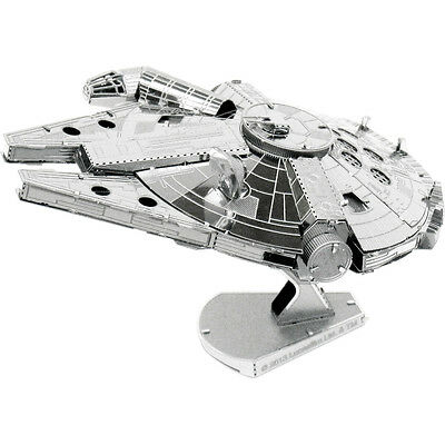 Metal Earth: STAR WARS Falcon MMS251