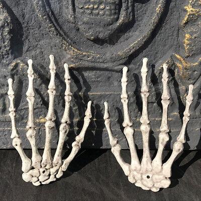 2X Plastic Skull Skeleton Human Hand Haunted House Props For Halloween Decor - Plastic Hands