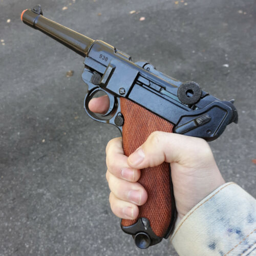 Denix Luger P08 Parabellum Pistol Replica Simulated Firing Removable Magazine