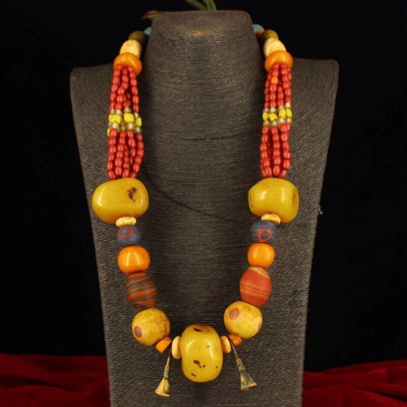 Chinese Antique Tibetan style Duobao Beeswax necklace