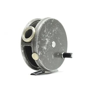 Hardy Perfect Fly Fishing Reel. 3 3/8