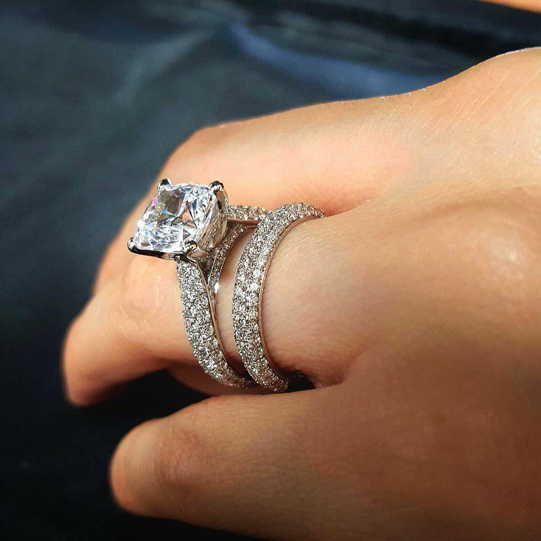 3.10 Ct Cushion Cut Diamond Engagement Ring Round Cut Micro Pave H,VS1 GIA 14K 5