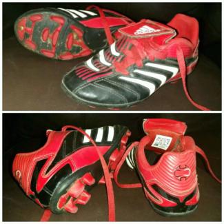 Adidas footy boots boys size 13
