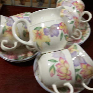 Royal Doulton Expressions Shellharbour Shellharbour Area Preview