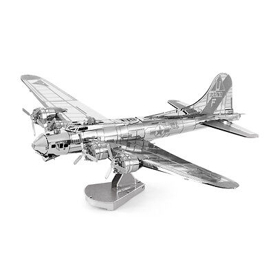 B-17 Flying Fortress 3D-Metall-Bausatz Silver-Edition Metal Earth 1091