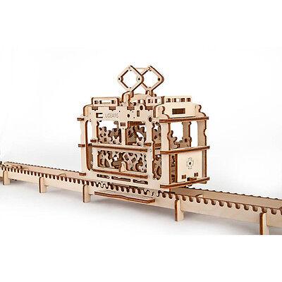 Ugears 3D Holz Bausatz Tram Straßenbahn Holzbaukasten Strassenbahn mit Gleisen