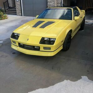 1986 Chevy camaro, mint condition, Built motor