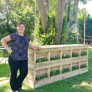 Reduced - Extra Large Pallet Look Bar Chermside Brisbane North East Preview