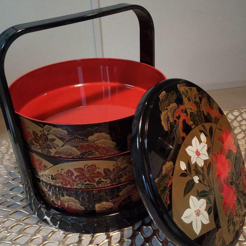 Lunch Bento Box Three Layer Handle Stand Laquer Ware Showa Retro Antique Jubako