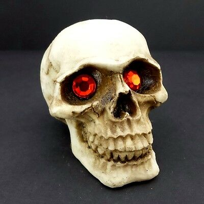 Skull Head Figurine With Red Eyes Small Halloween Decoration Statue New](Small Halloween Figurines)