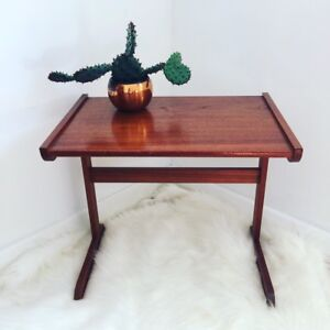 Teak side table in great condition