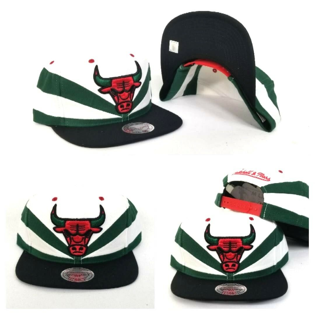 770822f6407c9 Details about Mitchell   Ness Chicago Bulls Gucci Color Green   White Slash  Cut snapback Hat