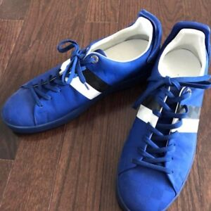 Mens Louis Vuitton Sneakers size 9 fits like 10
