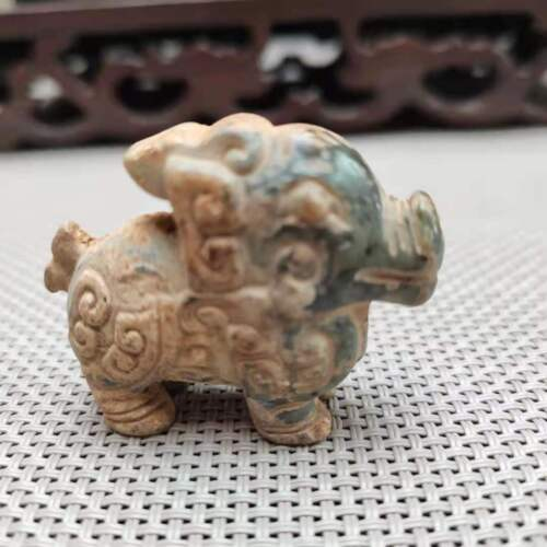 China collectible,HeTianJade hand-carved Ancient small animal statue pendantH151