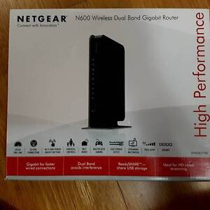 Netgear WNDR3700 Wireless Dual-Band Gigabit Router Almost New Perth Perth City Area Preview