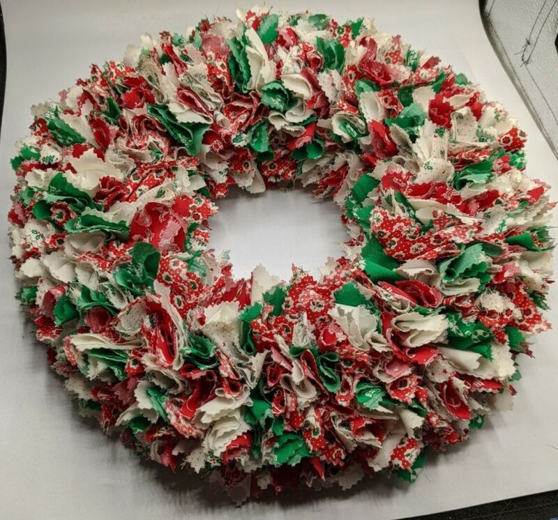 "Retro Fabric Scraps Cloth Wreath Xmas VTG LARGE 15"" 70s FOLK ART red green white"