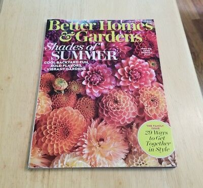 Better Homes & Gardens August 2017 The Family Issue Shades Of Summer Dahlias (Summer 2017 Best Sunglasses)